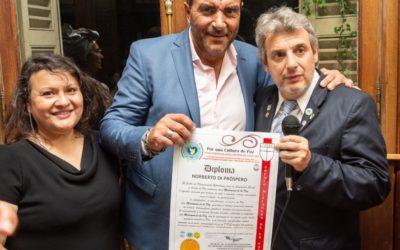 Di Próspero recibió el premio «Misionero de la Paz»